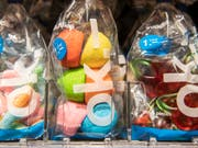 Der Kioskbetreiber Valora plant im Frühjahr 2019 die Eröffnung des ersten Ladens, der ganz ohne Kassen auskommt. (Bild: KEYSTONE/PATRICK HUERLIMANN)