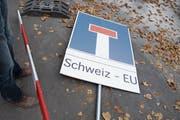 Finden die Schweiz und die EU einen Weg aus der Sackgasse in Sachen Rahmenabkommen? (Bild: Lukas Lehmann/Keystone (Bern, 27. Oktober 2015))