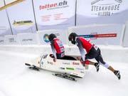 Hoffnung auf eine bessere Schweizer Zukunft im Bobsport: Michael Vogt und Sandro Michel an den letztjährigen Schweizer Meisterschaften (Bild: Keystone/GIANCARLO CATTANEO)