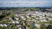 Im Gebiet Oberwiesen in Wittenbach werden seit März 2017 verschiedene Bauprojekte an Kanalisation und Strassen realisiert. (Bild: Michel Canonica (13. April 2017))