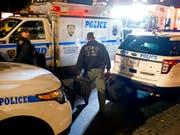 Wegen einer Bombendrohung ist die Redaktion des US-Nachrichtensenders CNN in New York in der Nacht auf Freitag sofort geräumt worden. (Bild: KEYSTONE/FR61802 AP/CRAIG RUTTLE)