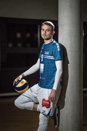 Hat sich vor elf Jahren dem Volleyballsport verschrieben: der 25-jährige Nick Amstutz. (Bild: Bild Pius Amrein (Luzern, 27. November 2018))