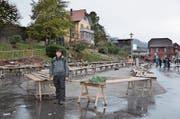 OK-Chef Daniel Flühler am Sonntag inmitten abgebauter Marktstände. (Bild: Franziska Herger (Stans, 9. Dezember 2018))