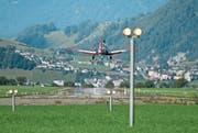 Fliegen über der Zentralschweiz ist schön, aber tückisch. Blick auf den Flugplatz Buochs. (Bild: Corinne Glanzmann (23. August 2017))