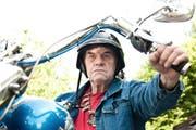 Angy Burri auf seiner Harley-Davidson in einer Aufnahme aus dem Jahr 2011. (Archivbild Neue LZ)