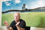 Geschäftsführer Marcel Kälin will die Basis legen, damit der FCL auch wieder einmal Pokale gewinnen kann. (Bild: Eveline Beerkircher (Luzern, 27. September 2017))