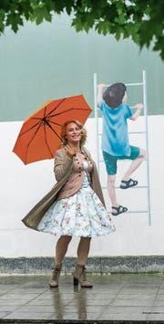 Diana Pinck in der Buobenmatt-Passage. Hier eröffnet im Herbst ihre Pop-up-Galerie. (Bild: Dominik Wunderli (Luzern, 27. April 2017))