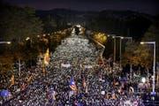 Die Demonstration vom Samstag in Katalonien. (Bild: EPA)