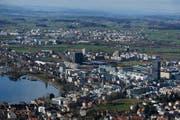 Blick auf die Stadt Zug: Sie ist nach wie vor die attraktivste Gemeinde in der Zentralschweiz. (Archivbild Stefan Kaiser)
