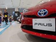 An Tempo eingebüsst: Toyota rechnet mit einem Rückgang von Umsatz und Gewinn. (Bild: Keystone/EPA/CHRISTOPHER JUE)