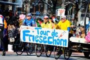 Gedopte Radfahrer werden aufs Korn genommen. (Bild: Maria Schmid / Neue ZZ)