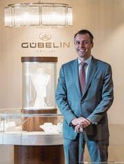 Raphael Gübelin, CEO des gleichnamigen Familienunternehmens, in der Luzerner Filiale. (Bild: Nadia Schärli (29. Mai 2017))