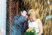 Männer empfinden heiraten als besonders mutig – weil sie Verantwortung übernehmen müssen. (Bild: Getty)