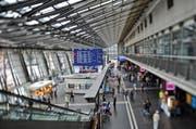 Das Serviceangebot m Bahnhof Luzern wird in den kommenden Jahren neu ausgerichtet. (Bild: Archiv Remo Nägeli / Neue LZ)