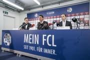 Gerardo Seoane (Mitte) wird neben Sportkoordinator Remo Meyer (rechts) und Reto Anderhub, Leiter Kommunikation, als neuer FCL-Trainer vorgestellt. (Bild: Pius Amrein (Luzern, 9. Januar 2018))