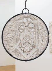 Reliefarbeit von Martin Chramosta: Jesus oder Iron Maiden-Cover? (Bild: S. Blatter/PD)