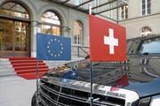 Schwieriges Verhältnis: Die Schweiz und die EU ringen um das institutionelle Rahmenabkommen. (Bild: Peter Klaunzer/Keystone (Bern, 23. November 2017))