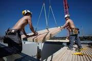 Bei Neubauten soll Holz nach Möglichkeit teil der Planung sein. (Bild: Stefan Kaiser / Neue ZZ)