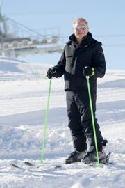 Investor Samih Sawiris auf Skiern bei der Eröffnung des Calmut-Sessellifts am Donnerstag, 15. Dezember 2016. (Bild: Urs Flüeler / Keystone (Andermatt, 15. Dezember 2016))