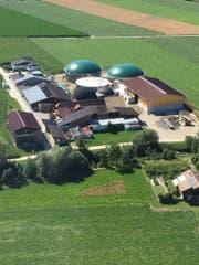 Die Biogasanlage in Altishofen, fotografiert aus der Luft. (Bild: PD)