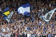FCL-Fans in der Swissporarena. (Bild: Philipp Schmidli)