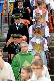 Bürglen steht hinter ihm: Pfarrer Wendelin Bucheli, hier bei der Sennen- und Älplerchilbi. (Bild: Keystone/Urs Flüeler)