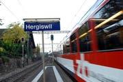 Zwischen der Kantonsgrenze und dem Bahnhof Matt soll die Zentralbahn mit einer Doppelspur ausgestattet werden. (Bild: Geri Wyss)