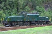 Be 6/8 III 13302 wartet im Juli 2011 in Biasca auf ihren Einsatz vor einem Extrazug. (Bild: PD)