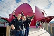 Feierten gestern in Vitznau den Abschluss des Gästivals (von links): Präsident Adelbert Bütler und die Projektleiter Beat Heuberger, Christoph Risi und Jost Huwyler. (Bild Corinne Glanzmann)