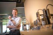 Alois Jenny von der Jenny Science AG gewinnt den Zentralschweizer Innovationspreis 2015. (Bild Roger Grütter)