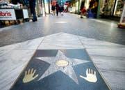 Amerika im ganz Kleinen: der Zuger «Walk of Fame». (Bild: Stefan Kaiser)