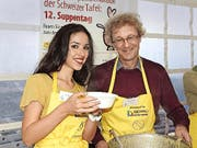 Adrian Borgula wurde von Miss Schweiz Lauriane Sallin unterstützt. (Bild: Mario Merola)