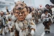 Die Rotsee-Husaren mit dem Sujet Neandertaler. (Bild: Boris Bürgisser/ Neue LZ)