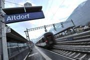 Die Urner Busse sollen in Zukunft am Bahnhof Altdorf wenden. (Bild: Urs Hanhart (20. August 2013))