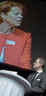 Annemarie Bürkli forderte von Bildungsdirektor Reto Wyss mehr Wertschätzung. (Bild: Pius Amrein (Sursee, 22. November 2017))