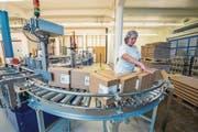 Hochdorf verarbeitete letztes Jahr 741 769 Tonnen Milch, Rahm, Molke und Milchpermeat. (Bild: Dominik Wunderli (22. November 2016))