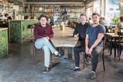 Das neue Betreiber-Team des «Parterre» (von links): Mike Walker, Manuel Kaufmann, Dominik Schmid. (Bild: Nadia Schärli (Luzern, 3. November 2017))