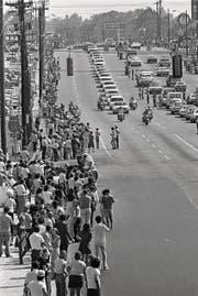 Memphis, Tennessee, im Ausnahmezustand nach dem Tod der Musikikone. (Bild: Getty (18. August 1977))