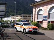 Die Polizei rückte mit mehreren Patrouillen an. (Bild: Geri Holdener, Bote der Urschweiz)