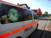 Gemeinsam gegen Einbrecher, bei Verdacht Telefon 117. (Bild: Kantonspolizei Schwyz)