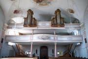 Blick in Richtung Empore mit der Orgel (Bild: Corinne Glanzmann (Altishofen, 25. August 2017))