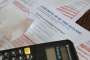 Auch 2012 variierte die Steuerlast je nach Wohnort erheblich. (Bild: Archiv / Neue LZ)