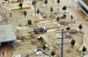 Das Hochwasser im August 2005 brachte Wasser und Schlamm ins Industriegebiet Littauerboden. (Archivbild: Michael Buholzer/LZ, 23. August, Littauerboden)