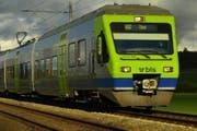 Eine Nina-Komposition der BLS unterwegs Richtung Thun. (Bild: pd)