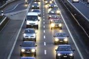 Stau auf der Autobahn A2. (Symbolbild Neue LZ)