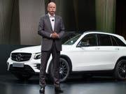Daimler-Chef Dieter Zetsche ist mit seinen Halbjahreszielen zufrieden. (Bild: KEYSTONE/EPA DPA/MARIJAN MURAT)