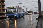 Für die VBL-Busse ist die stadteinwärts führende Fahrbahn zu schmal. (Bild Corinne Glanzmann/Neue LZ)