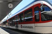 Während rund 40 Minuten lief zwischen Stansstad und Engelberg nichts mehr. Eine Stellwerkstörung legte die Zentralbahn-Züge lahm. (Symbolbild) (Bild: Matthias Piazza / Neue NZ)