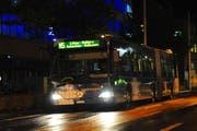 Das Nachtbusangebot ist gerade für kulturell Interessierte ein wichtiges Verkehrsmittel. (Symbolbild Boris Bürgisser / Neue LZ)