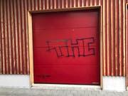 Auch dieses Garagentor wurde besprayt. (Bild: Luzerner Polizei)